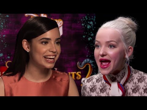 Descendants 2 Cast Tries To Guess Which Celebs Are REALLY Related