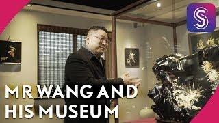 Wang Shijun, the founder of Shanghai Arts of Lacquerware Museum in ...