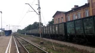 ST40s-002&ST44-2059 z pociągiem towarowym przejeżdża przez stację Olkusz + RP1