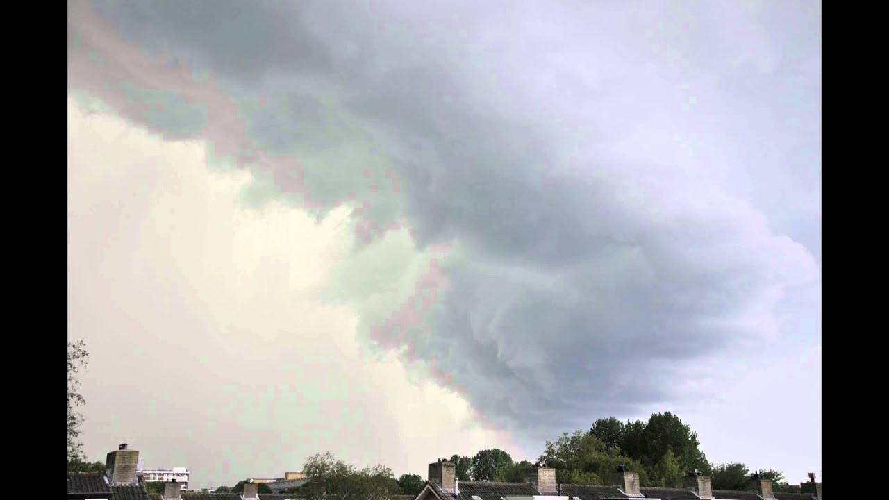 Download Vreemde wolken boven Den Haag 10 juni 2011 17.40u