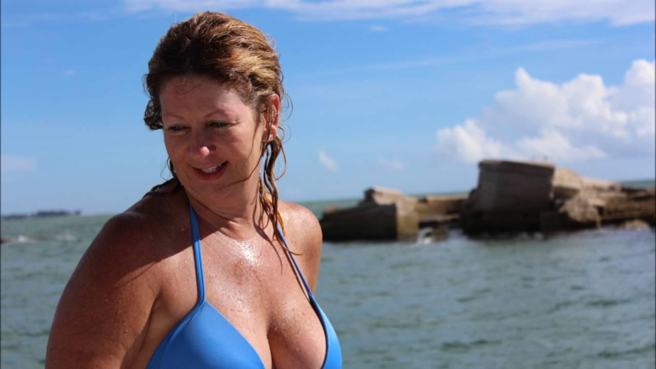 Nude boating key passage
