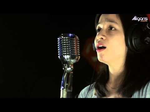 Raisa Andriana - Bercahaya (Cover by Monica)