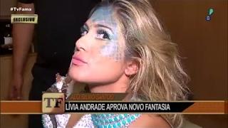 Lívia Andrade mostra passo a passo de maquiagem |  TV Fama