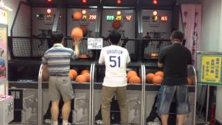 This arcade basketball player will shock you!