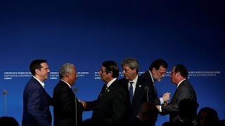 Fransa Cumhurbaşkanı'ndan Donald Trump'a popülizm eleştirisi