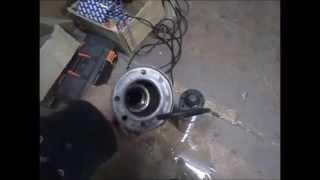 ремонтируем глубинный погружной насос Китай(авто ремонт#своими руками#доступное видео о ремонте ,все просто и понятно даже школьнику,ремонт производит..., 2015-12-01T10:59:23.000Z)