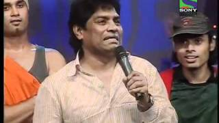 Johnny Lever has the audience in splits with his mimcry