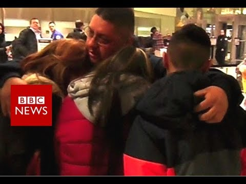 Father of two deported after 30 years in US - BBC News