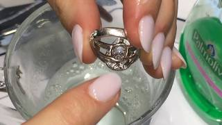 Cleaning Your Diamond Ring 💎