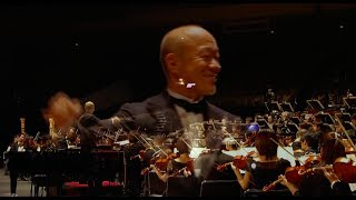 "Howl's Moving Castle Song - ""Merry-Go-Round Of Life"" ORCHESTRA LIVE By Joe Hisaishi [HD]"