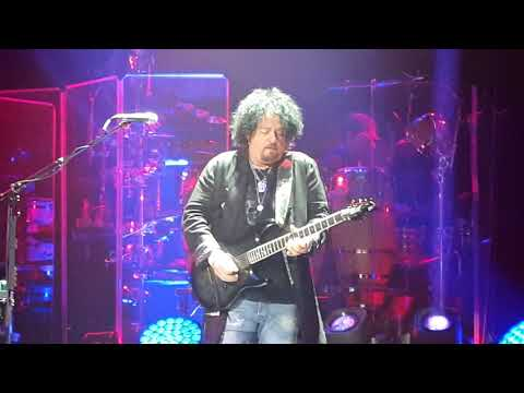 Toto - While my guitar gently weeps Live Paris 2018