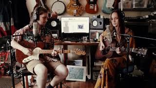 Смотреть клип Gretta Ray - Unwind
