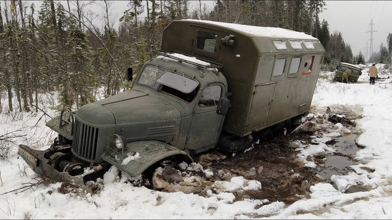 ЗИЛ-157 срещу ГАЗ-66! Коя според вас е по-добрата машина? - (ВИДЕО)