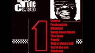 Two tone club - 1
