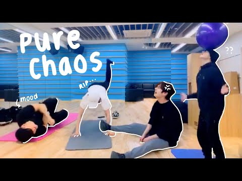 stray kids exercising was an absolute disaster