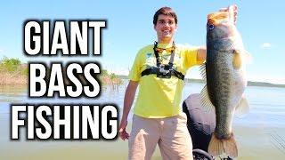GIANT Bass Fishing in Texas - VLOG ft. Jon B. & LunkersTV