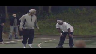 Дедушка показал как надо играть в баскетбол [Easy Game]
