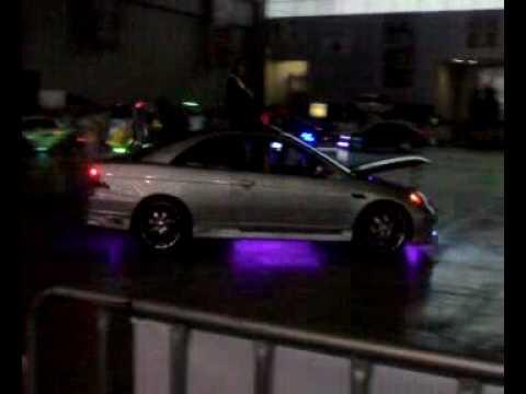 Sitca 2010 luz neon y lanza llamas youtube - Luces de neon ...