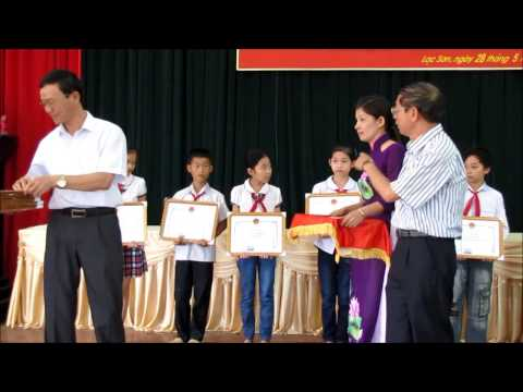 Lễ Tuyên dương - Khen thưởng cán bộ quản lý, giáo viên, học sinh giỏi tỉnh - huyện Lạc Sơn 2014