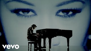 Labrinth - Beneath Your Beautiful ft. Emeli Sandé (Official Video) thumbnail