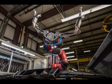 Rethink Robotics' Sawyer in action at Tennplasco.