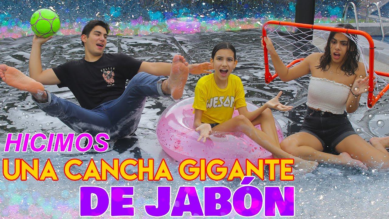 HICIMOS UNA CANCHA DE JABÓN GIGANTE | TV Ana Emilia