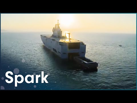How The Revolutionary Thunder Boat Was Built | Extreme Constructions | Spark