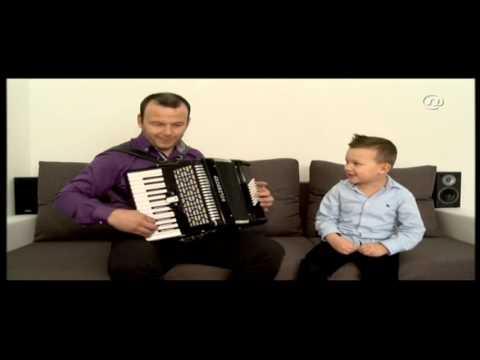 Gabriel kid sing like Miso Kovac/ČUDO OD DJETETA PIVA KA MIŠO