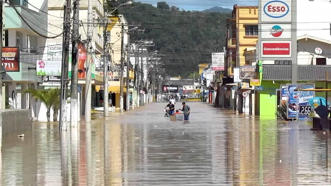 Fotos itajai enchente 2011 31