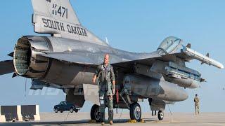 F-16C Fighting Falcon Взлет истребителя, ВВС США