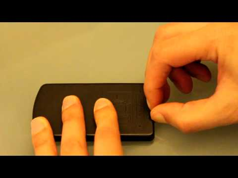 removing-the-battery-on-a-nix-remote-control