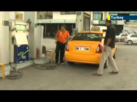 Iran sanctions hit Turkey petrol prices