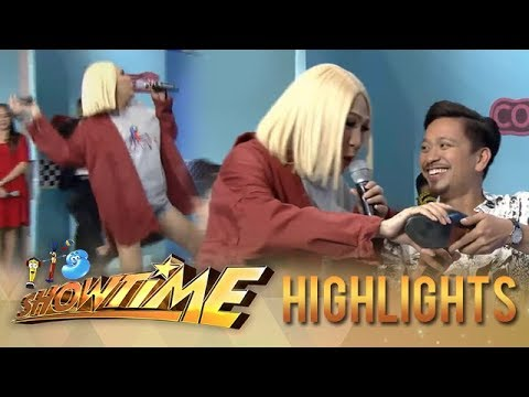 It's Showtime KapareWho: Vice throws Jhong's shoe