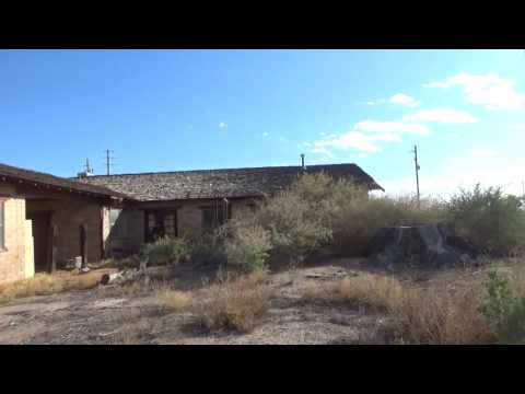 Old abandoned house sits along Hwy 95 in Fort Mohave AZ