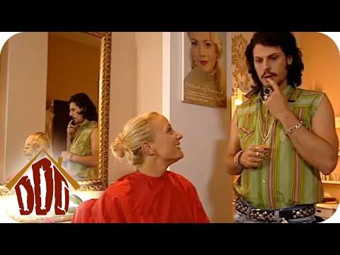 Gierige Männer [subtitled]   Knallerfrauen mit Martina Hill from YouTube · Duration:  47 seconds