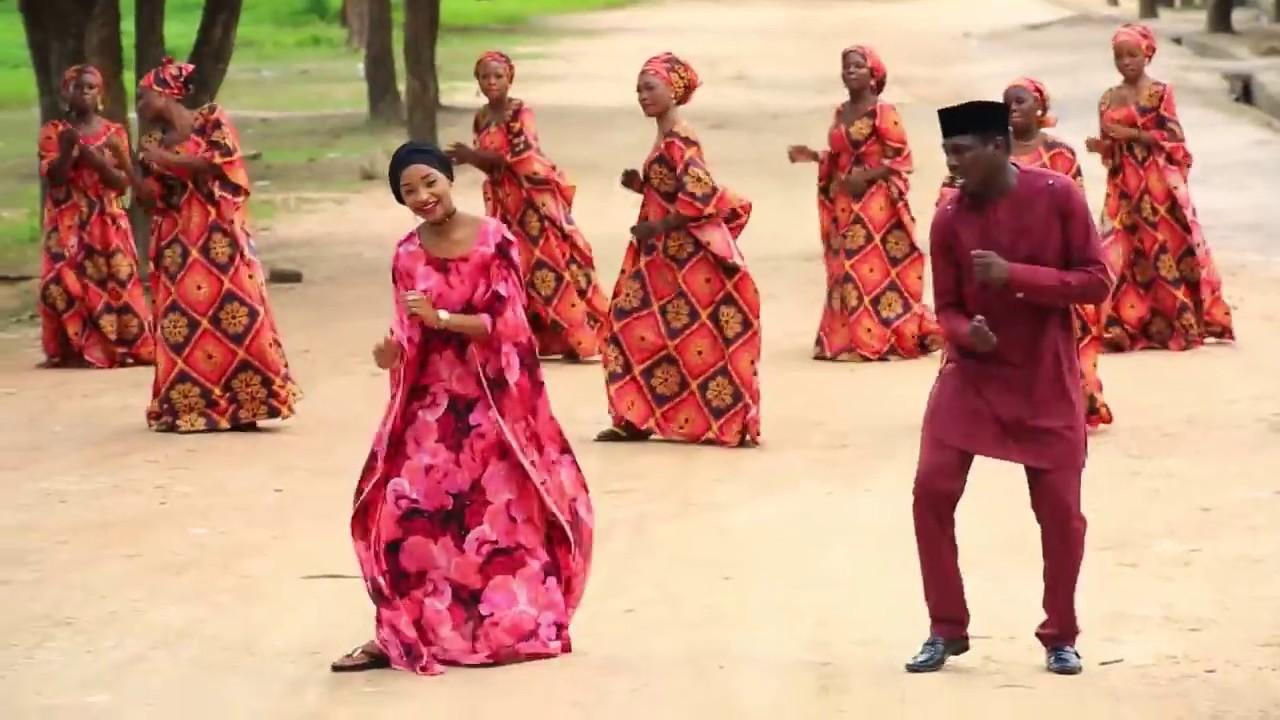 Download RARIYA SONG Ali Nuhu And Rahama Sadau