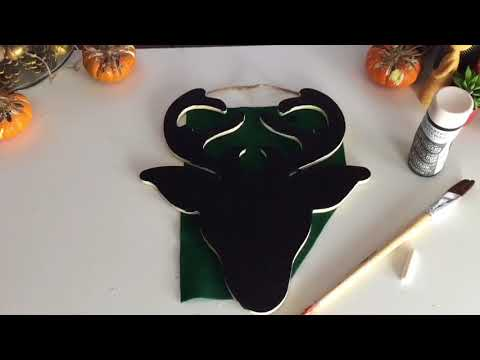 How to make a Christmas Reindeer Chalkboard Crafty Creations Christmas craft