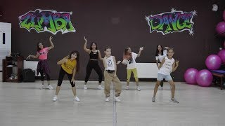 Download lagu Mark Ronson - Uptown Funk (Official Video) ft. Bruno Mars easy kid dance / zumba choreography