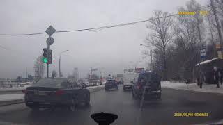 Смотреть видео ДТП  Выборгское шоссе  смертельное12.02.2018г(13.30) онлайн