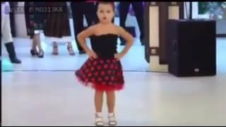 رقص اطفال على اغنية الله الله يا جمالك