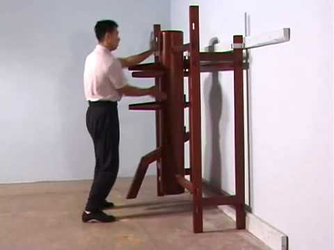 Ip Man Wooden Dummy Form - YouTube