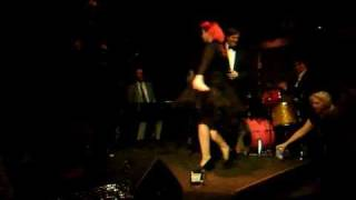 Queenie von Curves : Strip Polka (Le Cirque Rouge Cabaret and Burlesque)