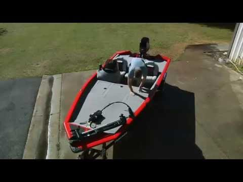 Boat Safety Tips and Equipment