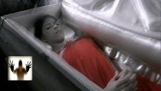 В похоронном бюро тело девушки оживает. Встречи с призраками.