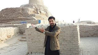 mohenjo-daro-site-museum-near-larkana-city