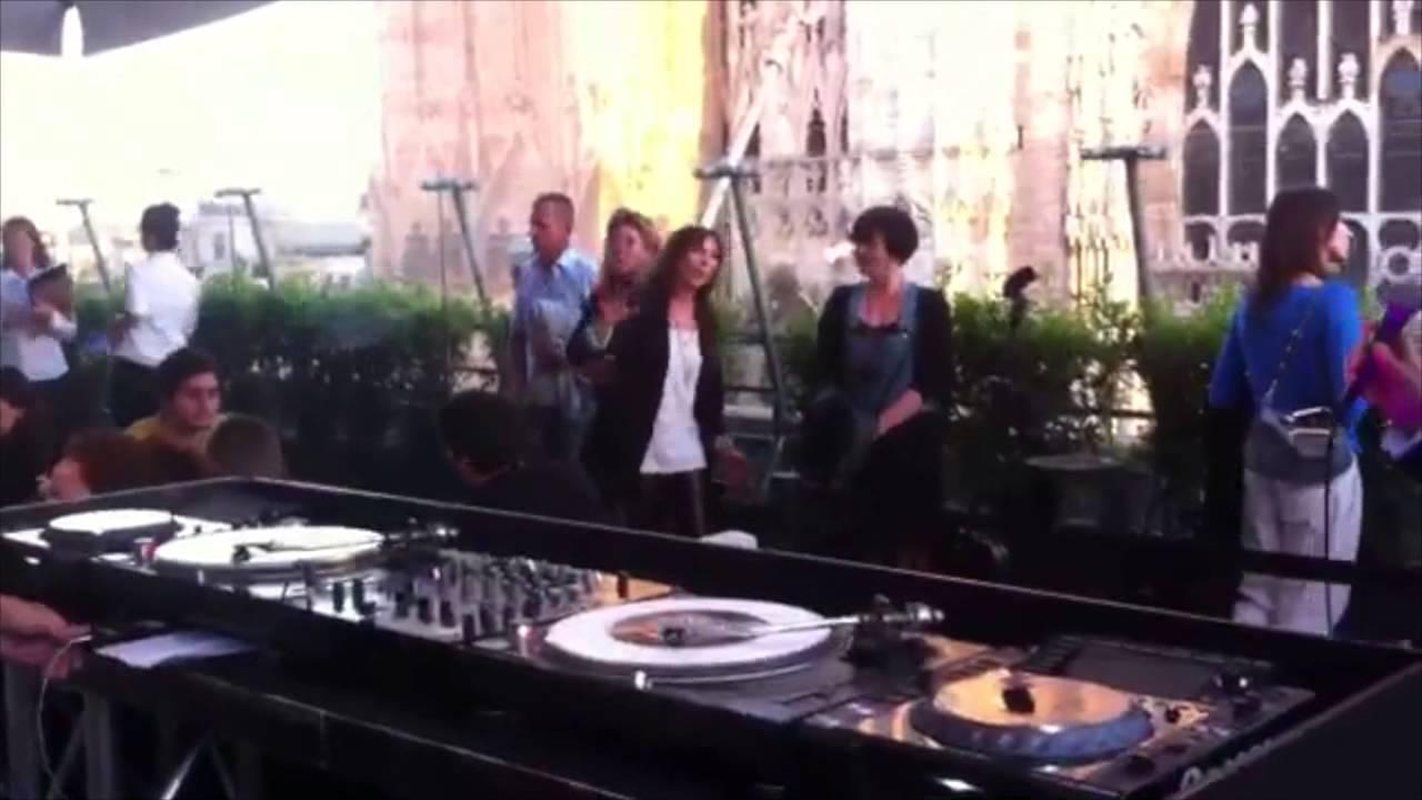 PoParty only vinyl DJ set @ Terrazza La Rinascente Piazza Duomo ...