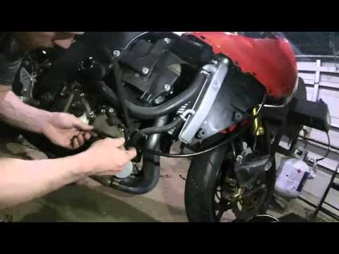 How To Replace Clutch Cable On Gen 1 Zx10r Youtube