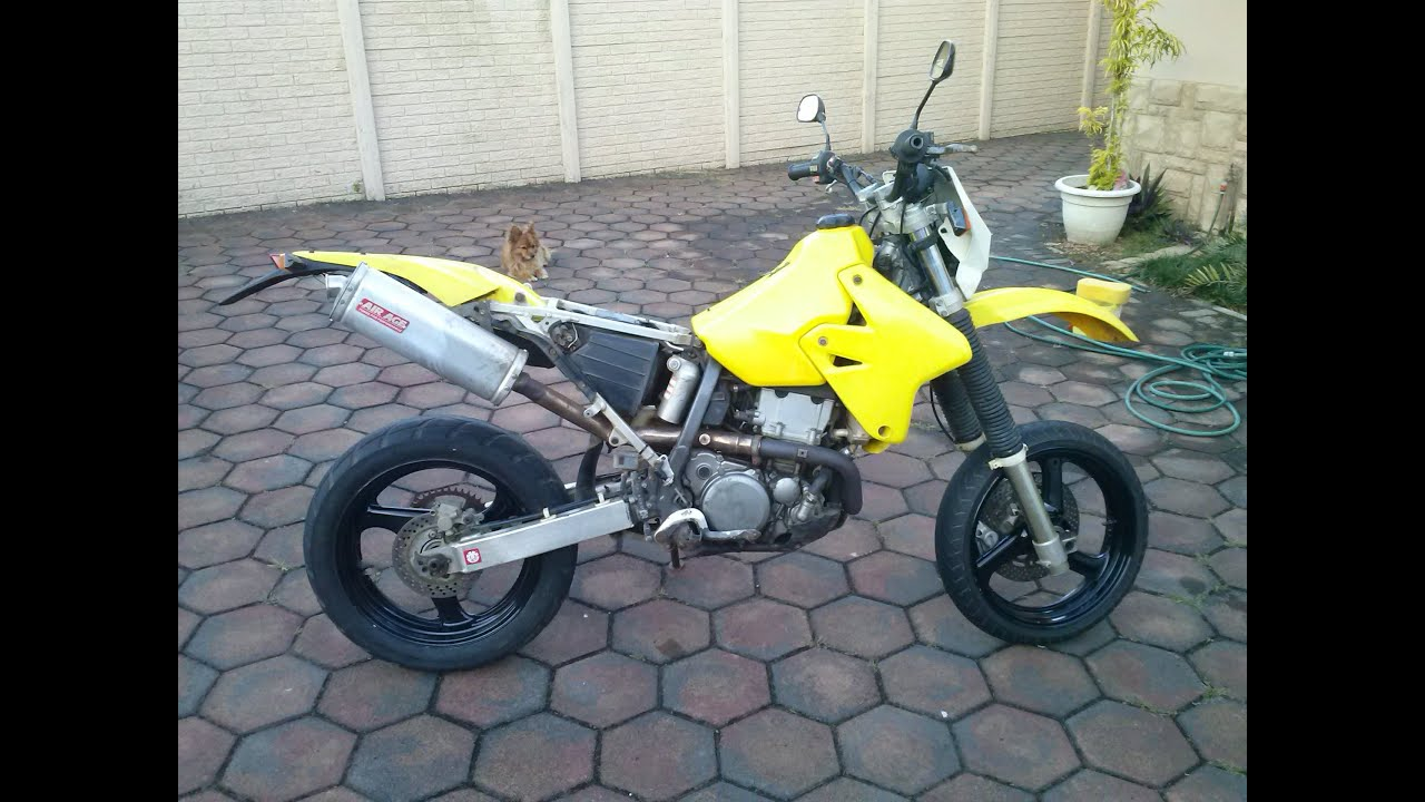 2004 drz400e supermoto reveal before youtube rh youtube com 04 DRZ 400 DRZ400S Performance Upgrades