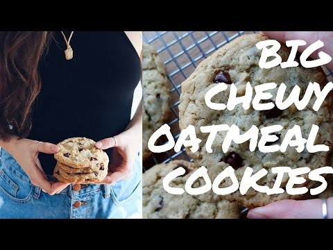 BIG Chewy Oatmeal Cookies (VEGAN)