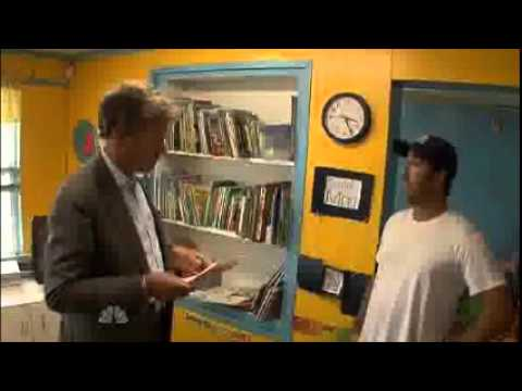 Chris Hansen GAGS when a daycare owner turns him out! Hunty trust!